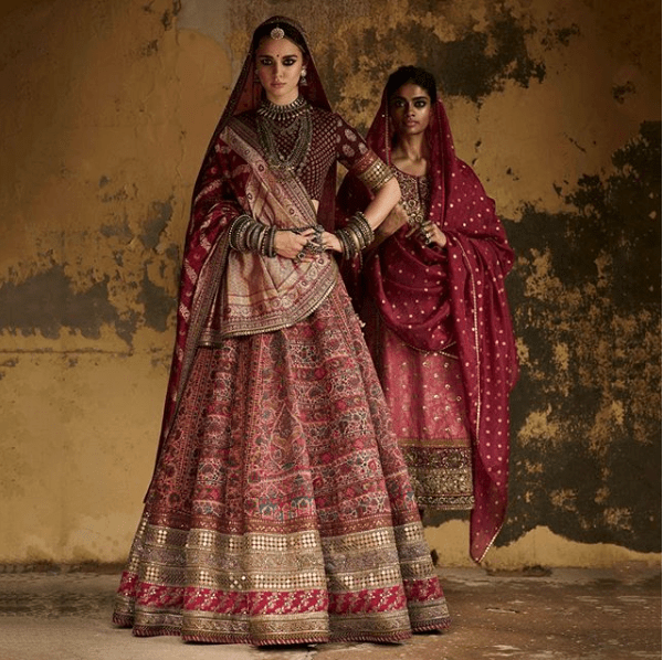 2f8dedadd668 But really, which occasion would you spend a bomb and go for a simplistic  traditional Rajasthani look at your wedding?