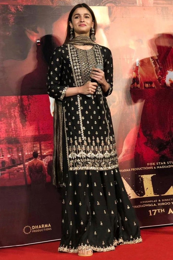 Alia Bhatt in Black Anita Dongre suit set
