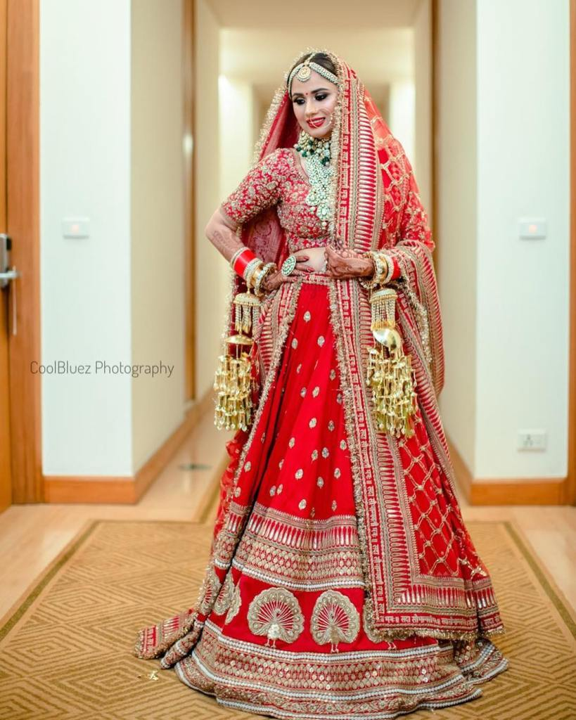 Deepika Padukone Wedding Lehenga Full Picture