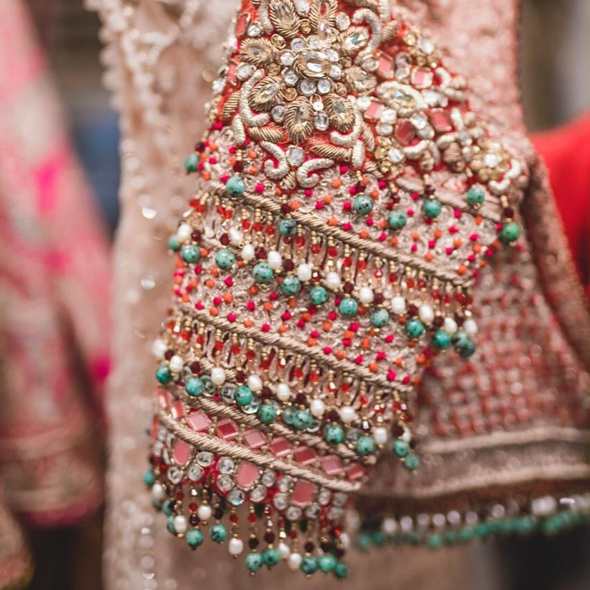 Latest 2020 Tarun Tahiliani Lehenga Prices Will Shock You Frugal2fab