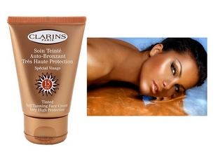 clarins-face-tanner