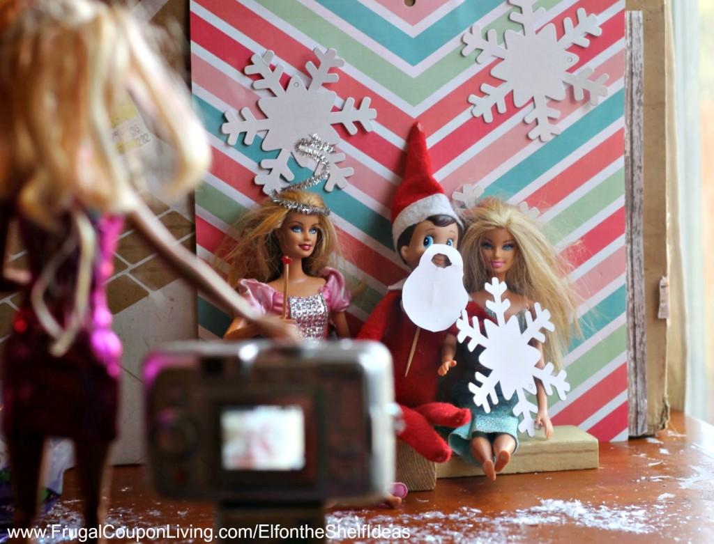 elf-on-the-shelf-ideas-elf-photo-booth