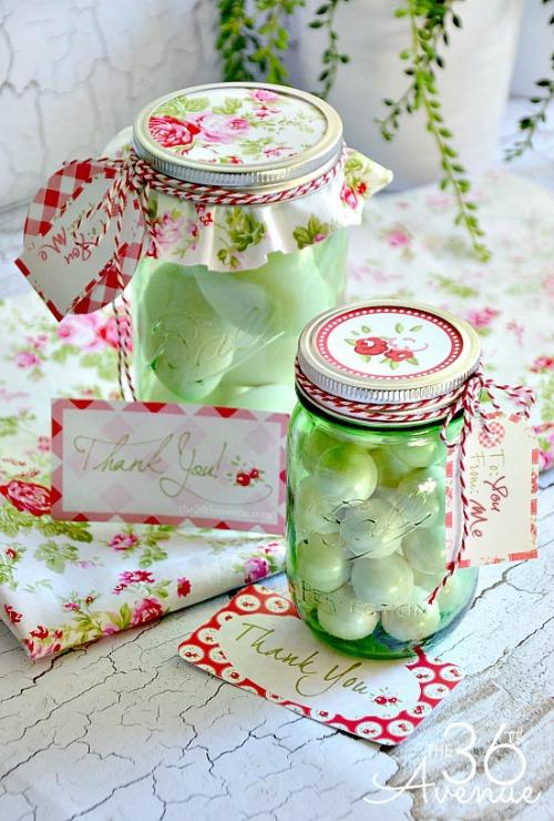 Gift-Idea-and-Printable-thanks-mason-jar