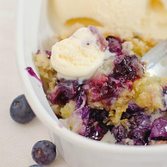 dump-cake-recipe-blueberry-smaller