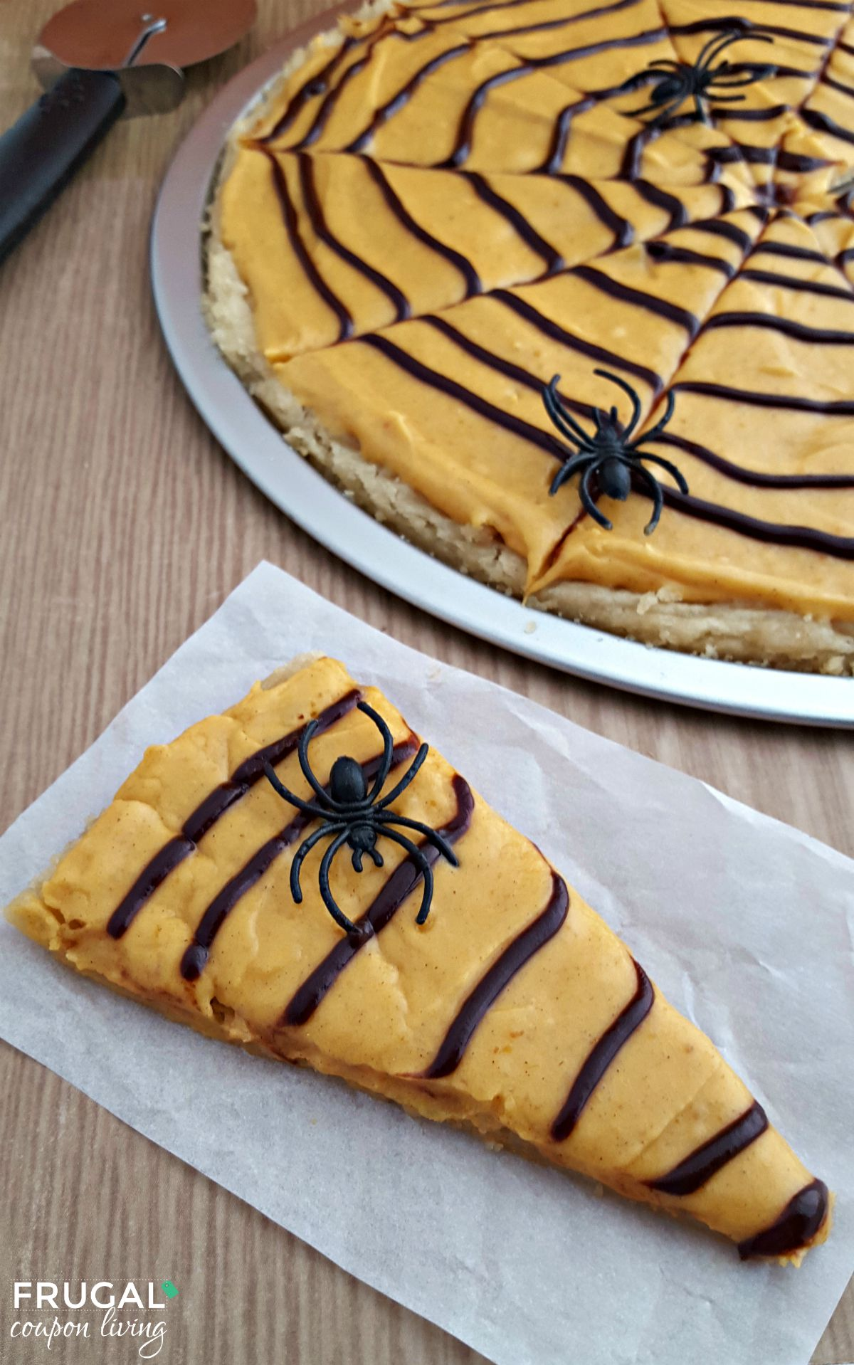 Spider-Web-Cookie-Pizza-on-Frugal-Coupon-LIving