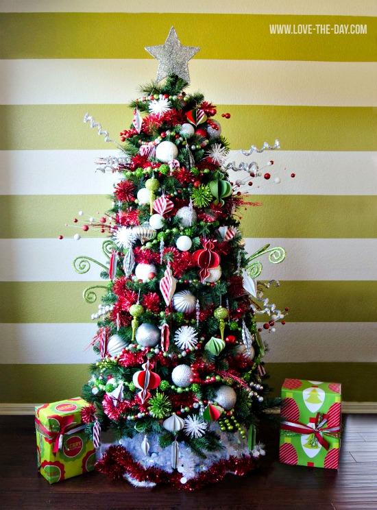 green-red-no-lights-tree-smaller