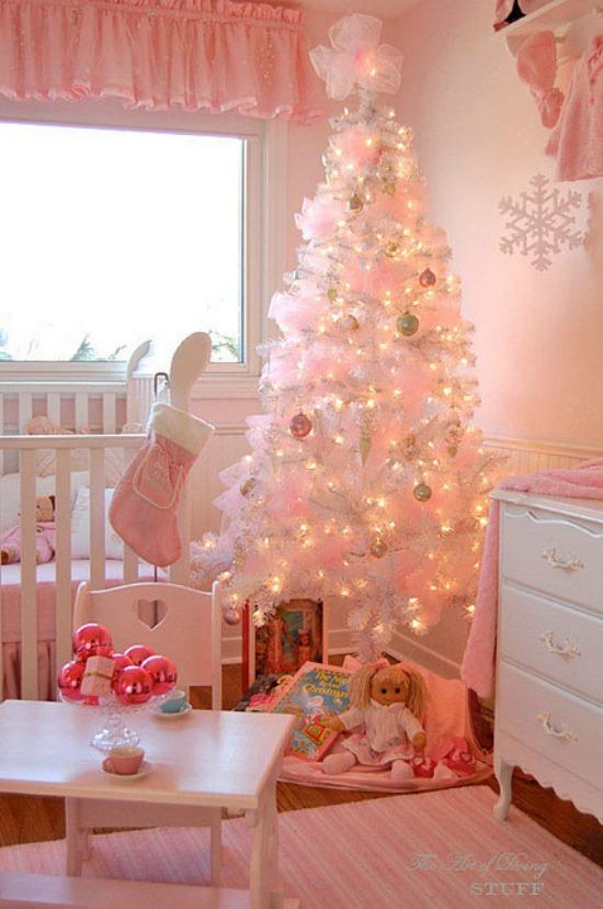 nursery-pink-christmas-tree-smaller