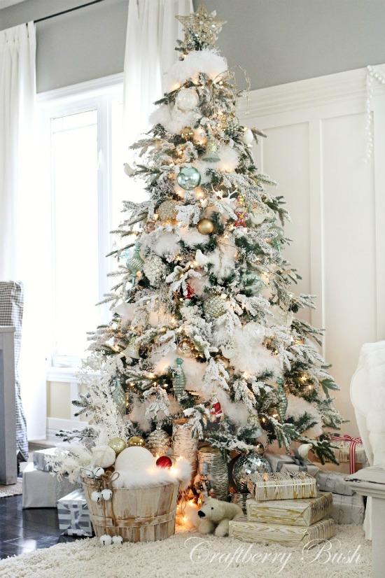 snow-christmas-tree-smaller