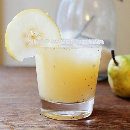vanilla-pear-vodka-square