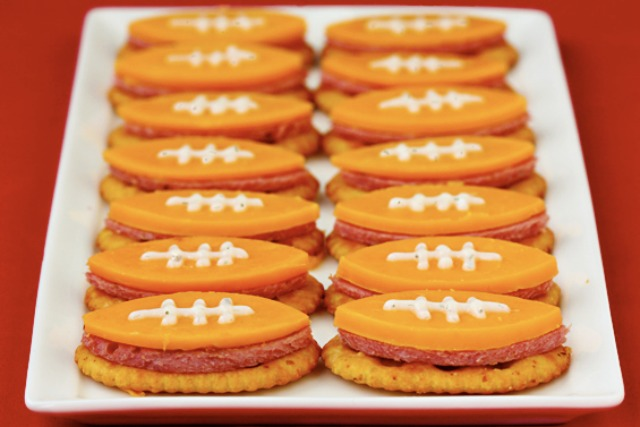 football-bites-crackers-gimmie-oven