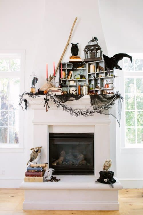 step-by-step-halloween-mantle