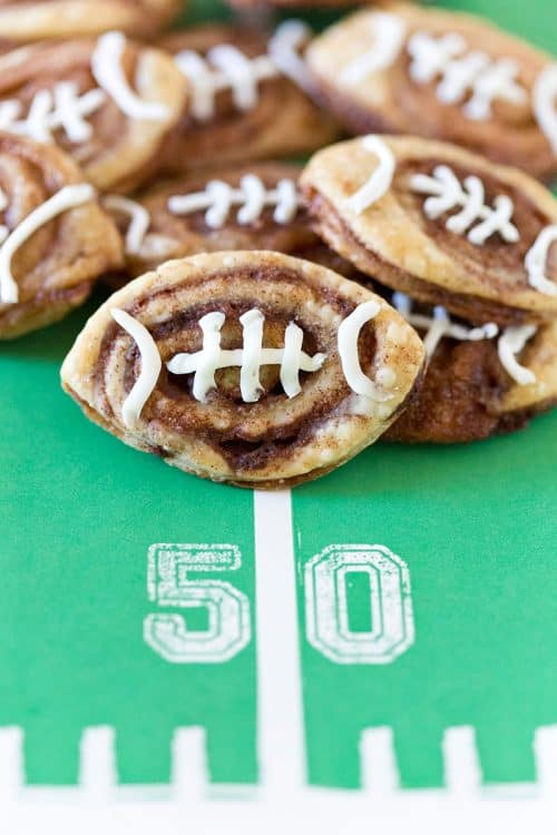 football-cinnamon-roll-cookies-for-tailgate-pizzazzerie-3