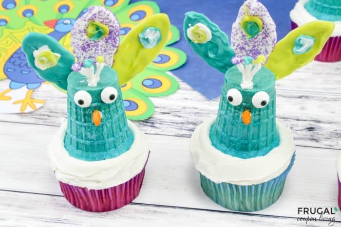 Bird-Themed Party Dessert - Peacock Cupcakes