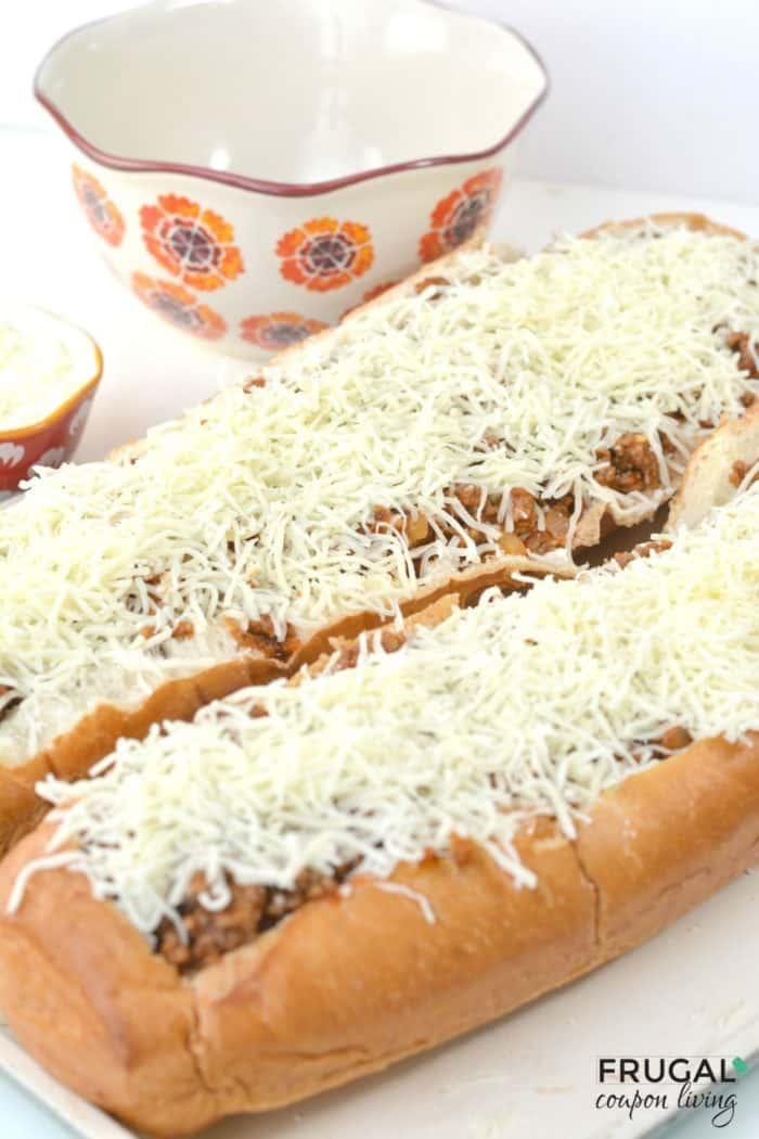 Sausage and Ricotta Pizza Bread