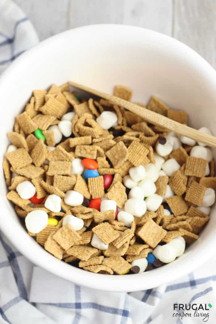 S'more Snack Mix Recipe