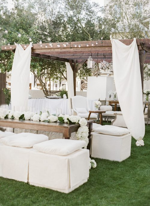 White Party Table Decor