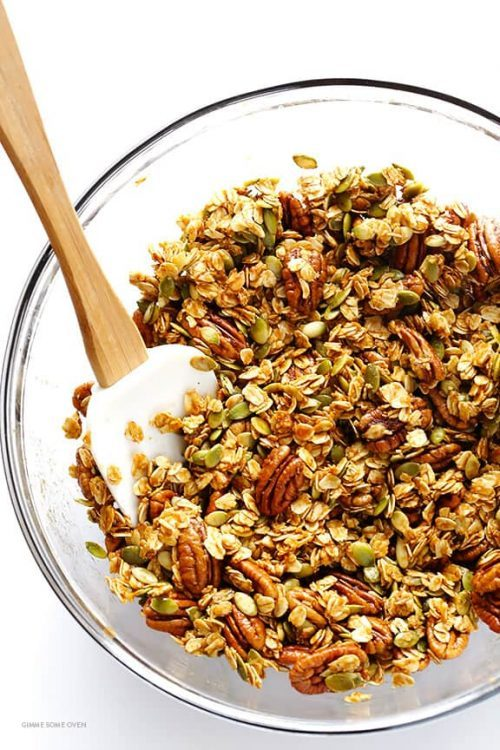 Pumpkin Granola with Canned Pumpkin Puree