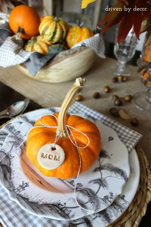 Thanksgiving Place Settings and Place Card Ideas