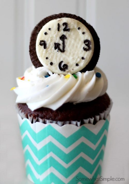 New Year's Eve Countdown Cupcakes for Kids