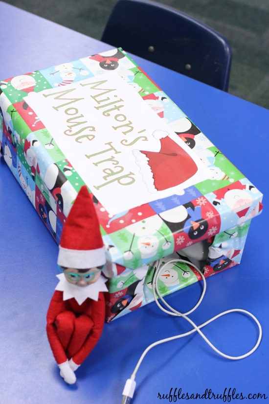 Elf on the Shelf Ideas for School - Computer Mousetrap