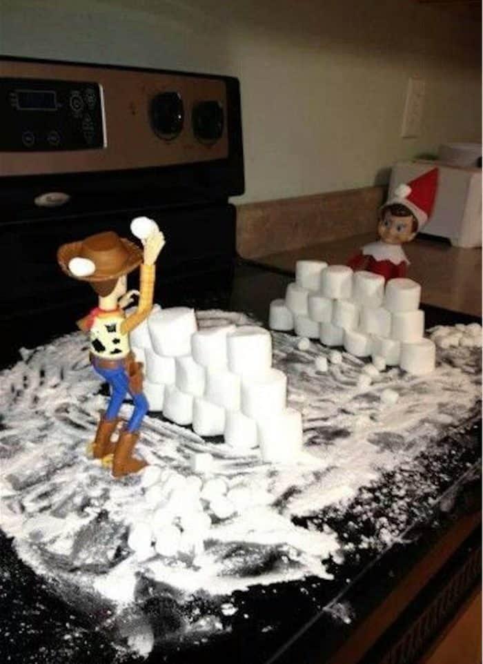 Elf on the Shelf Marshmallow Snowball Fight