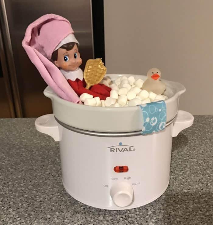 Elf on the Shelf Marshmallow Spa Bath + Marshmallow Ideas