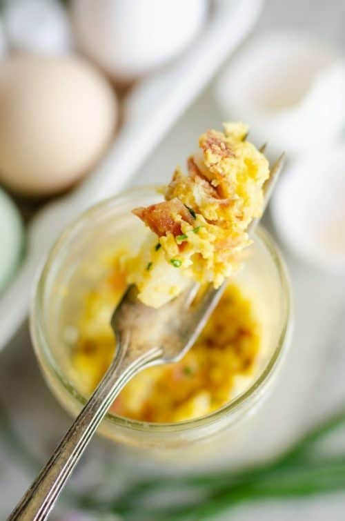Microwave Scrambled Eggs in a Mason Jar + Simple Breakfast Ideas