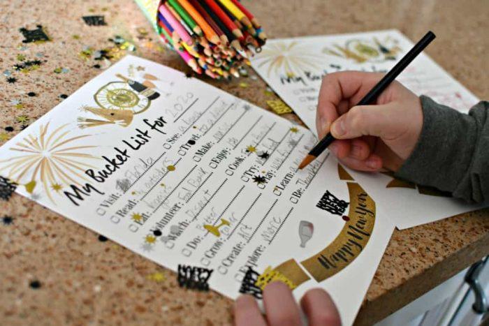 New Years Eve Bucket List Printable PDF + Bucket List Templates