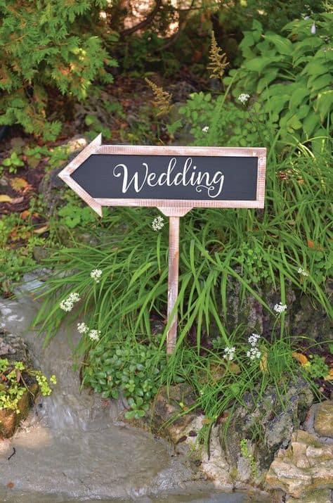 Cheap Wedding Decor | Wedding Chalkboard Arrow Sign