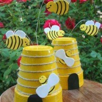 Let's get crafty - Spring BEE DIY project - 6 EASY steps & everything you need!