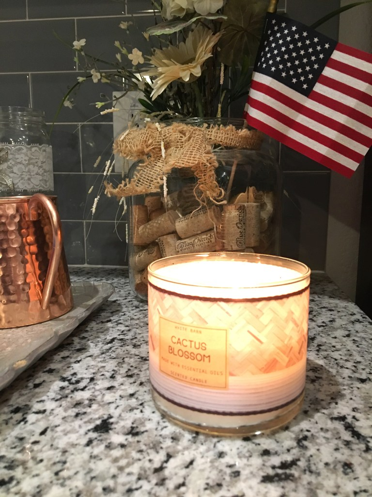 Five on Friday, Blog Linkup, Bath and Body Works, Candle, White Barn