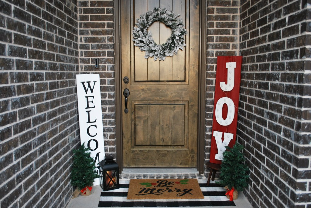 Rustic Front Porch, Christmas Front Porch, Buffalo Check