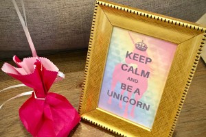 Unicorn birthday party free printables for girls birthday party or any unicorn lover.