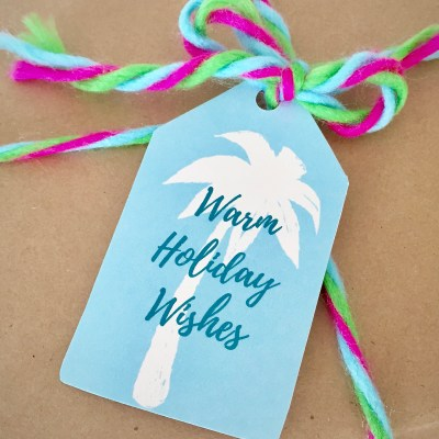 Coastal Christmas Gift Wrapping – 18 Printable Gift Tags