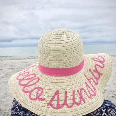 10 Best Floppy Beach Hats You Can Afford