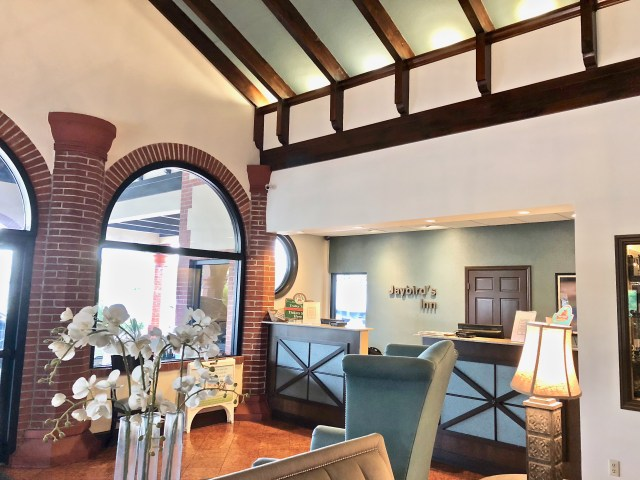 Jaybird's Inn lobby - Falling In Love With St Augustine
