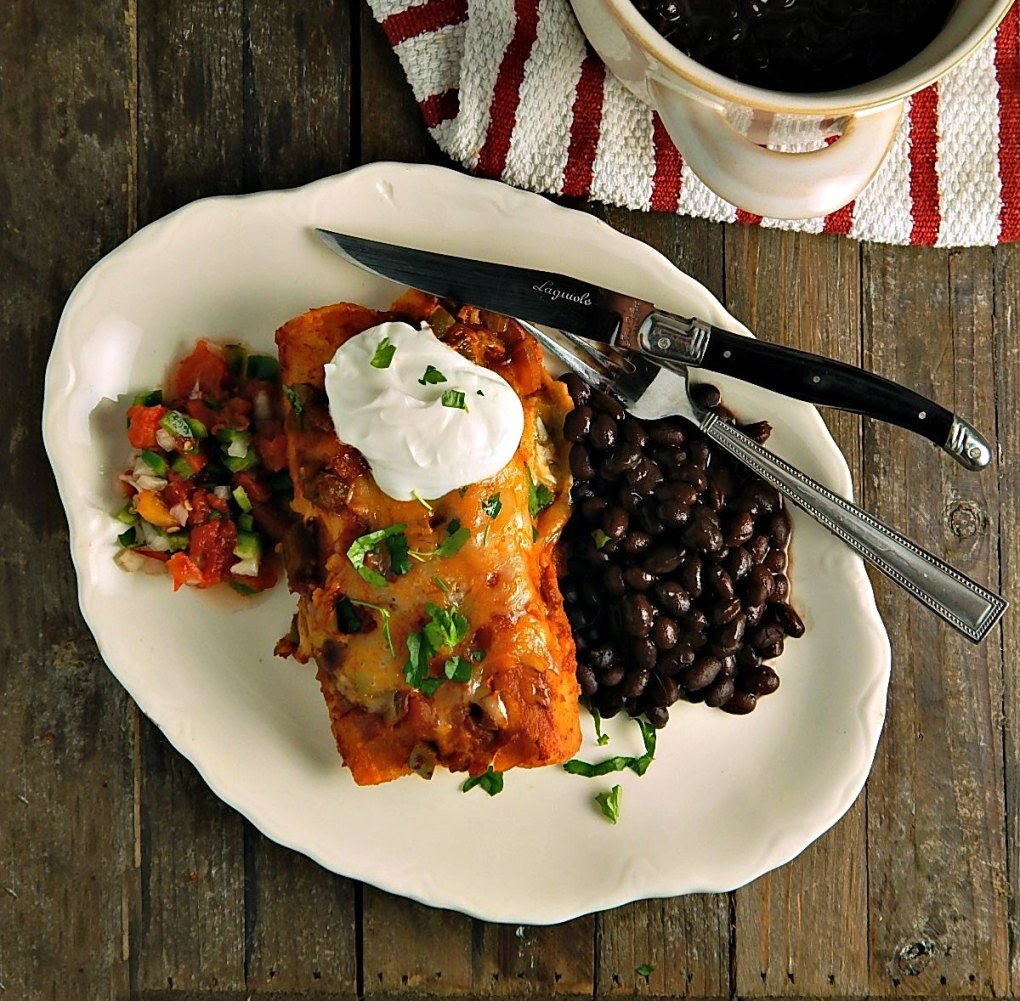 Chicken or Turkey Enchiladas with Ranchero Sauce