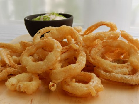 Crispy Beer Battered Onion Rings