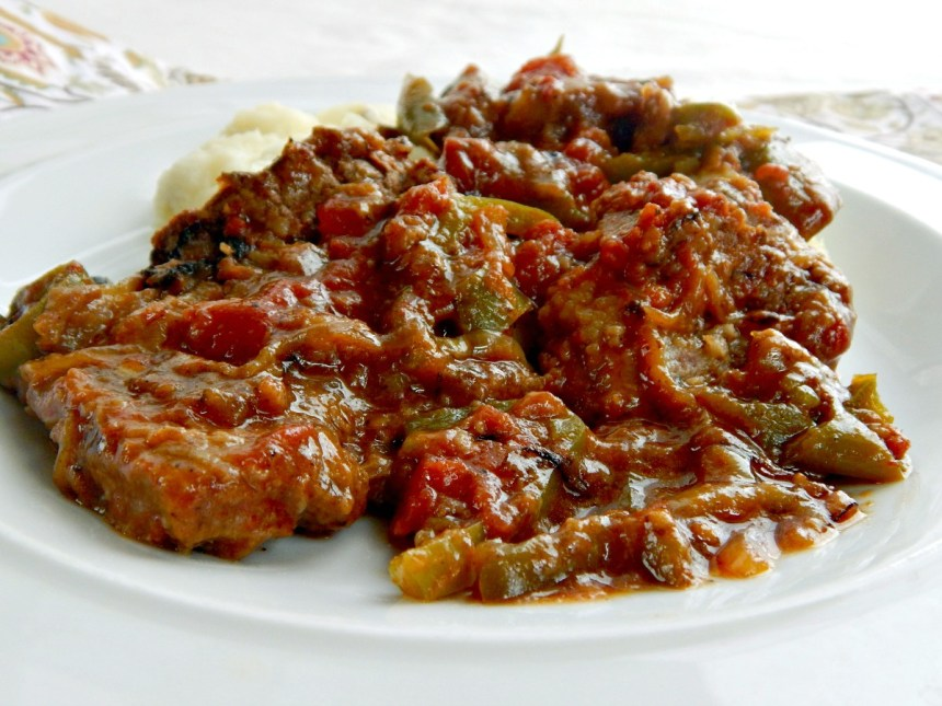 Old-Fashioned Swiss Steak tomatoes green bell peppers