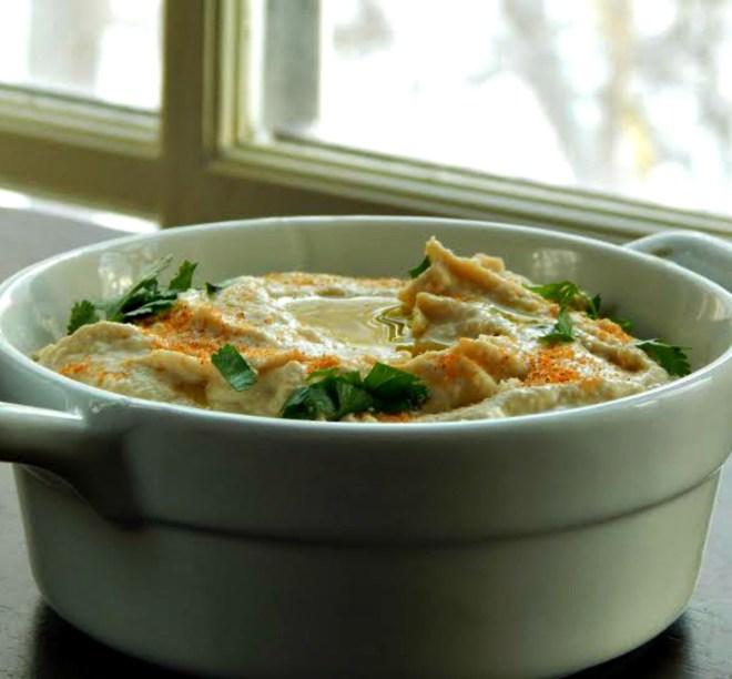 Hummus bi Tahini