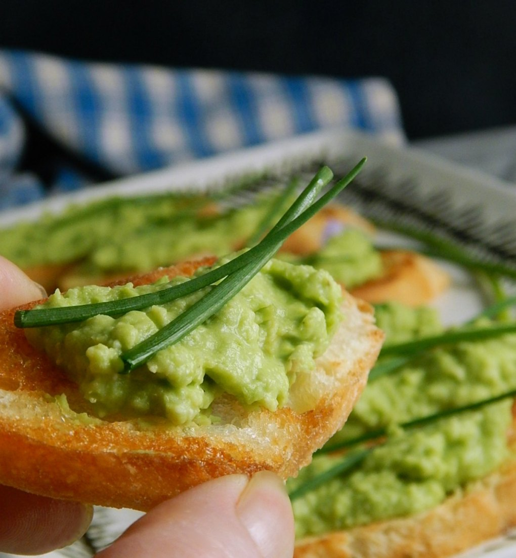 Lime & Pea Crostini