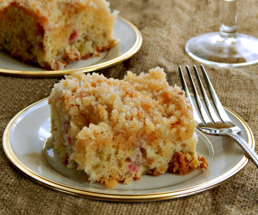Sour Cream Rhubarb Coffee Cake