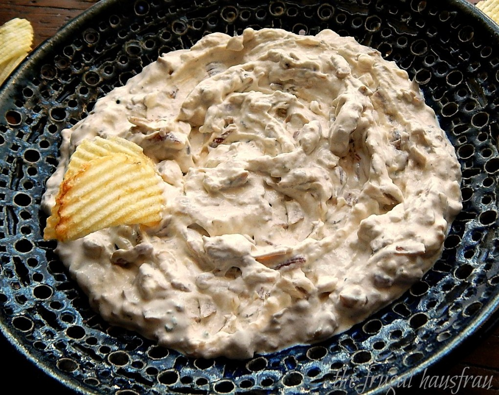 Best Classic French Onion Dip caramelized onions