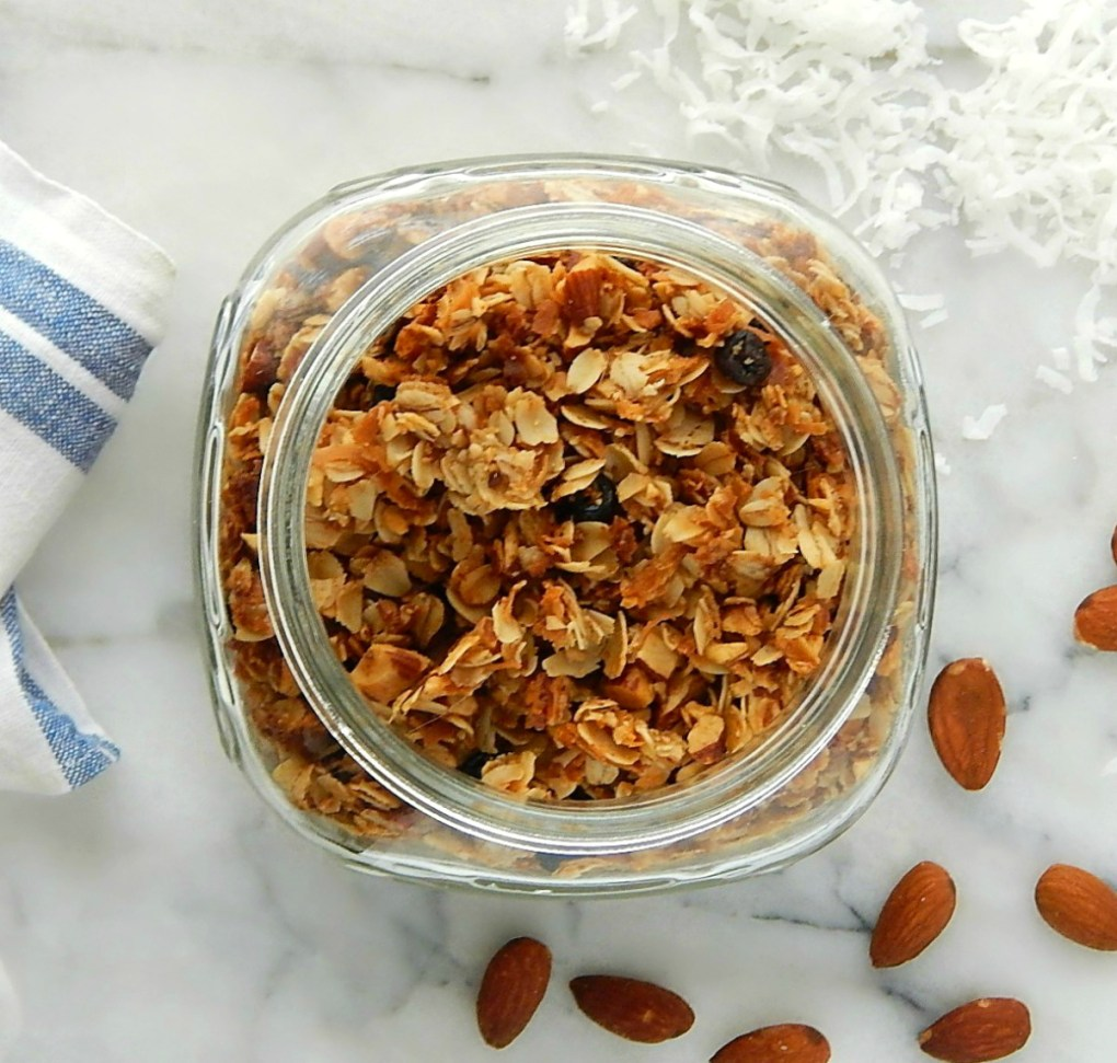 Healthy Almond Coconut Granola