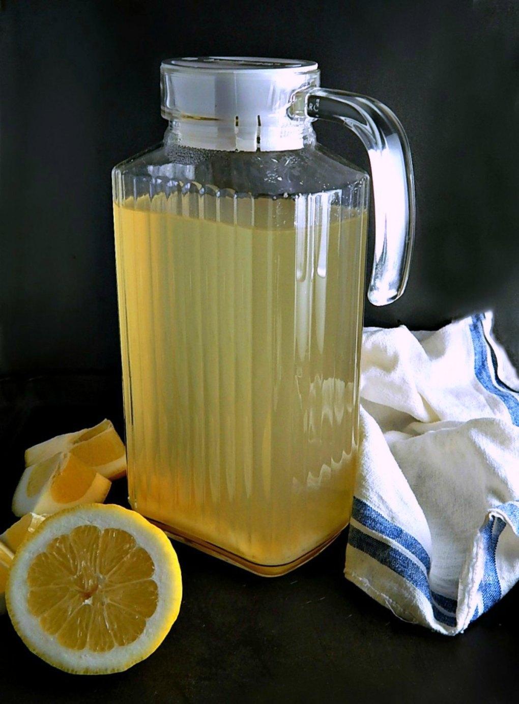 Healthy Lemon Ginger Barley Water