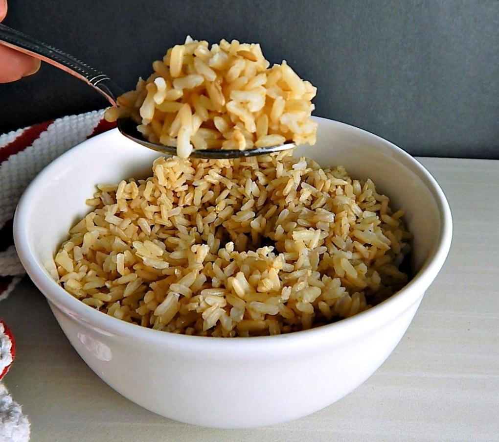 Instant Pot Brown Rice used in Greek Brown Rice Salad