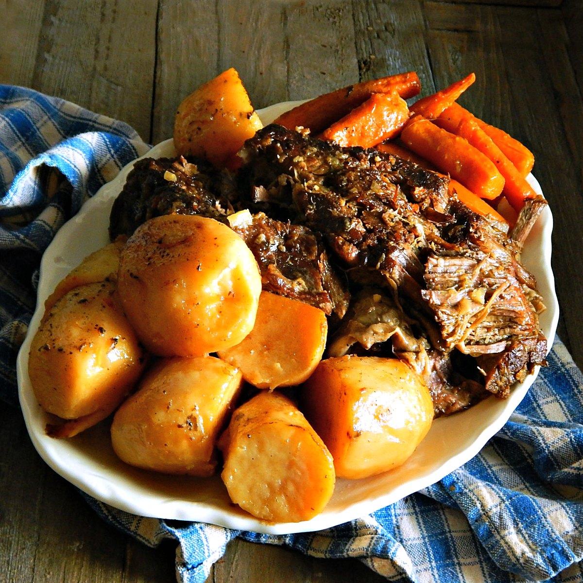 slow cooker pot roast onion soup mix red wine