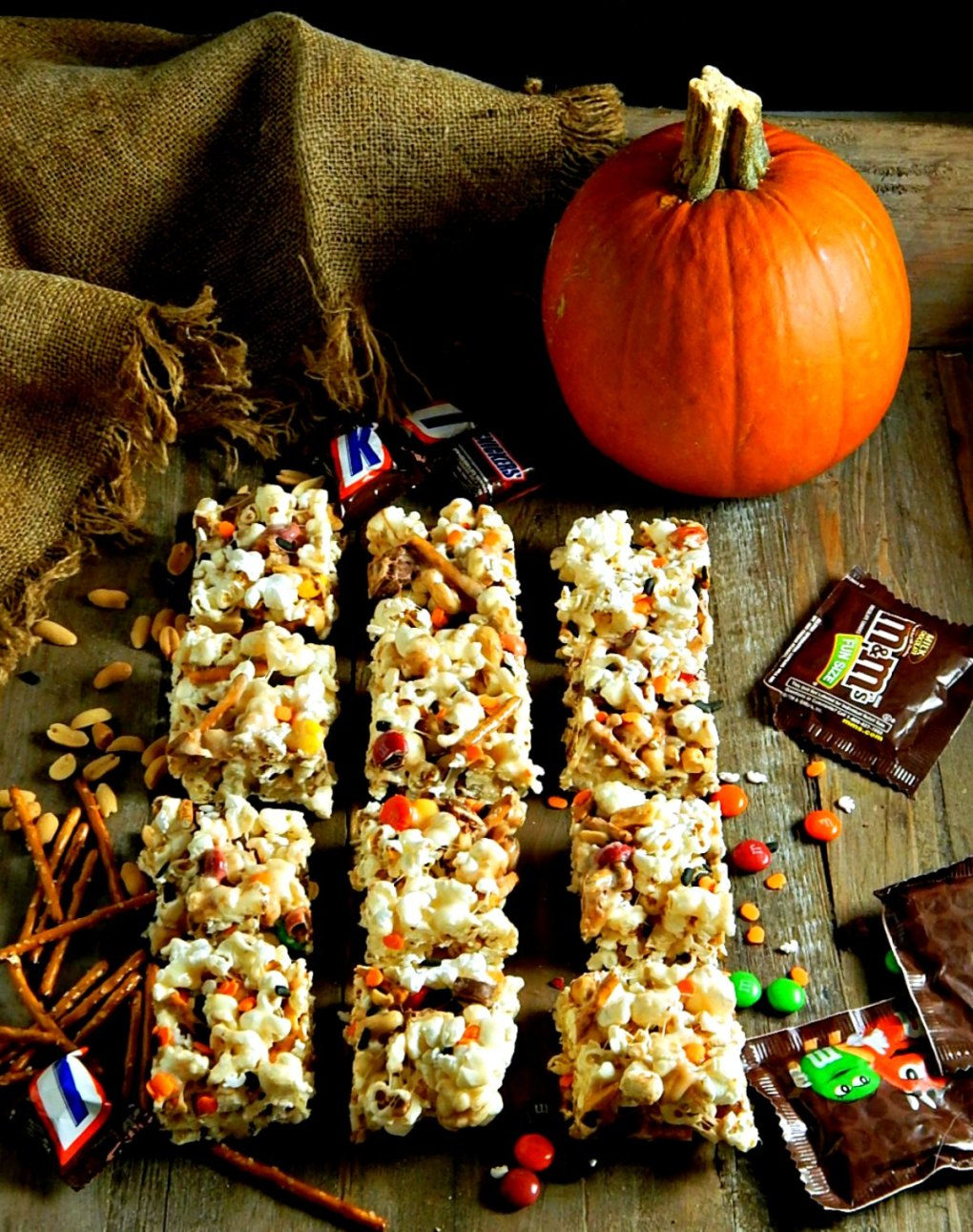 Halloween Marshmallow Popcorn Bars