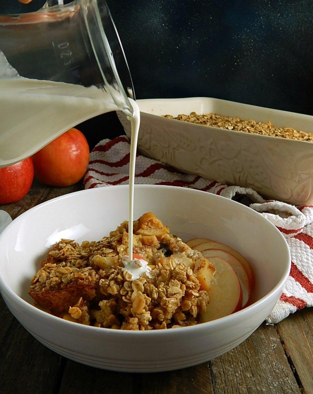 Make-Ahead Apple Baked Oatmeal