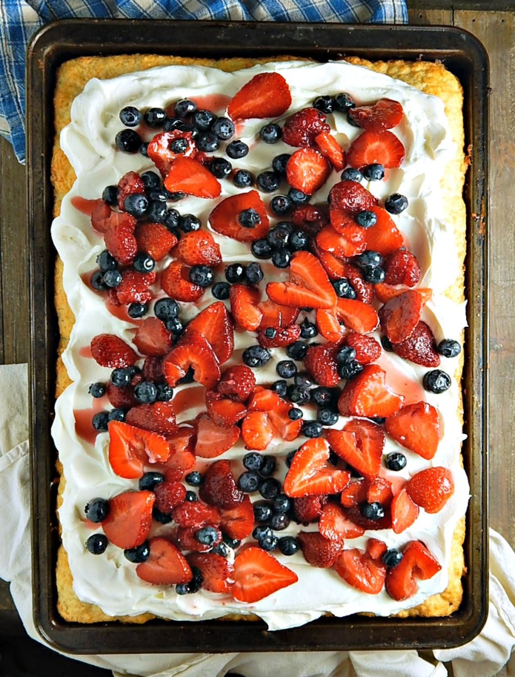 Sheetpan Strawberry Shortcake